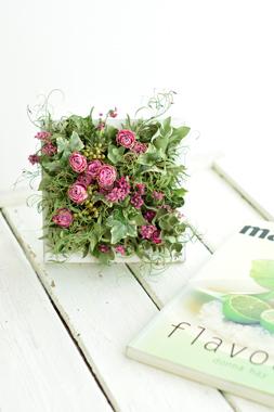Botanical Frame      4月サンプル作品(2)